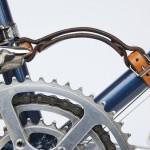 ロードバイクを抱え持つ労力にヘトヘトなあなたは欲しくなるフレームハンドル