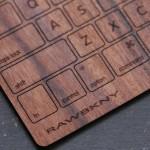 MacBook Proのキーボード(US)を木製にするウッドスキン『RAWBKNY』がイイ!
