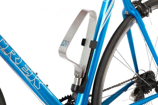 TiGr-mini-bike-lock-on-bike